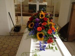 Kistepynt med sensommerens blomster